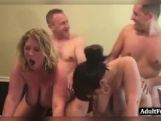 Swinger & Hotwife, Couples & Singles, Swapping & Sharing, Sex Hookup