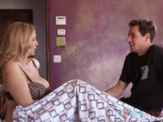 sexy milf julia ann in family hookups