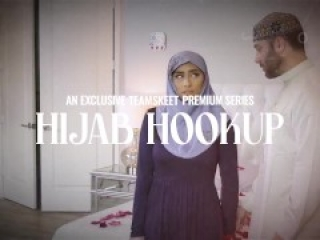 Hijab Beauty Goldie Glock Wants Some Sexy Lingerie And Hard Cock